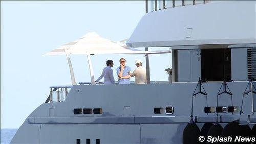 steven spielberg yacht photos. Steven Spielberg and Blake