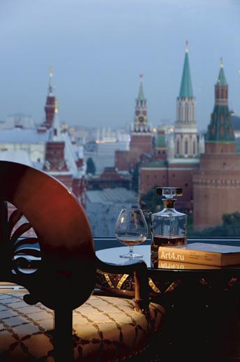 Ritz_Moscow_00099_vert_x518