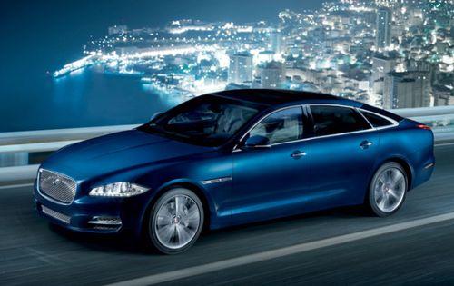 Jaguar drives itself