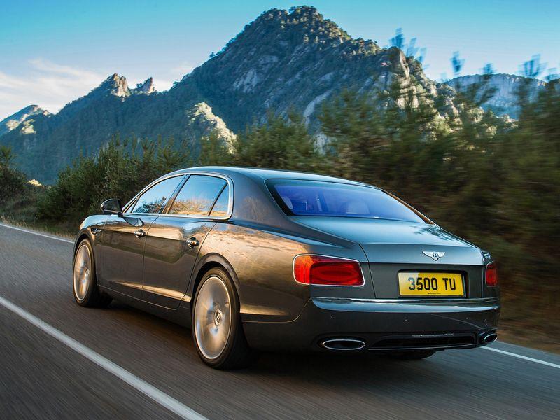 2014-BentleyFlyingSpur-2