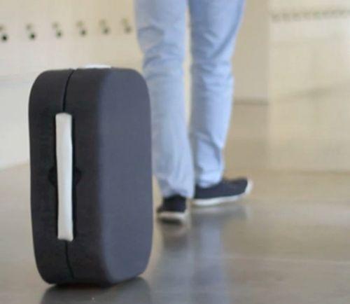 Hop suitcase 3