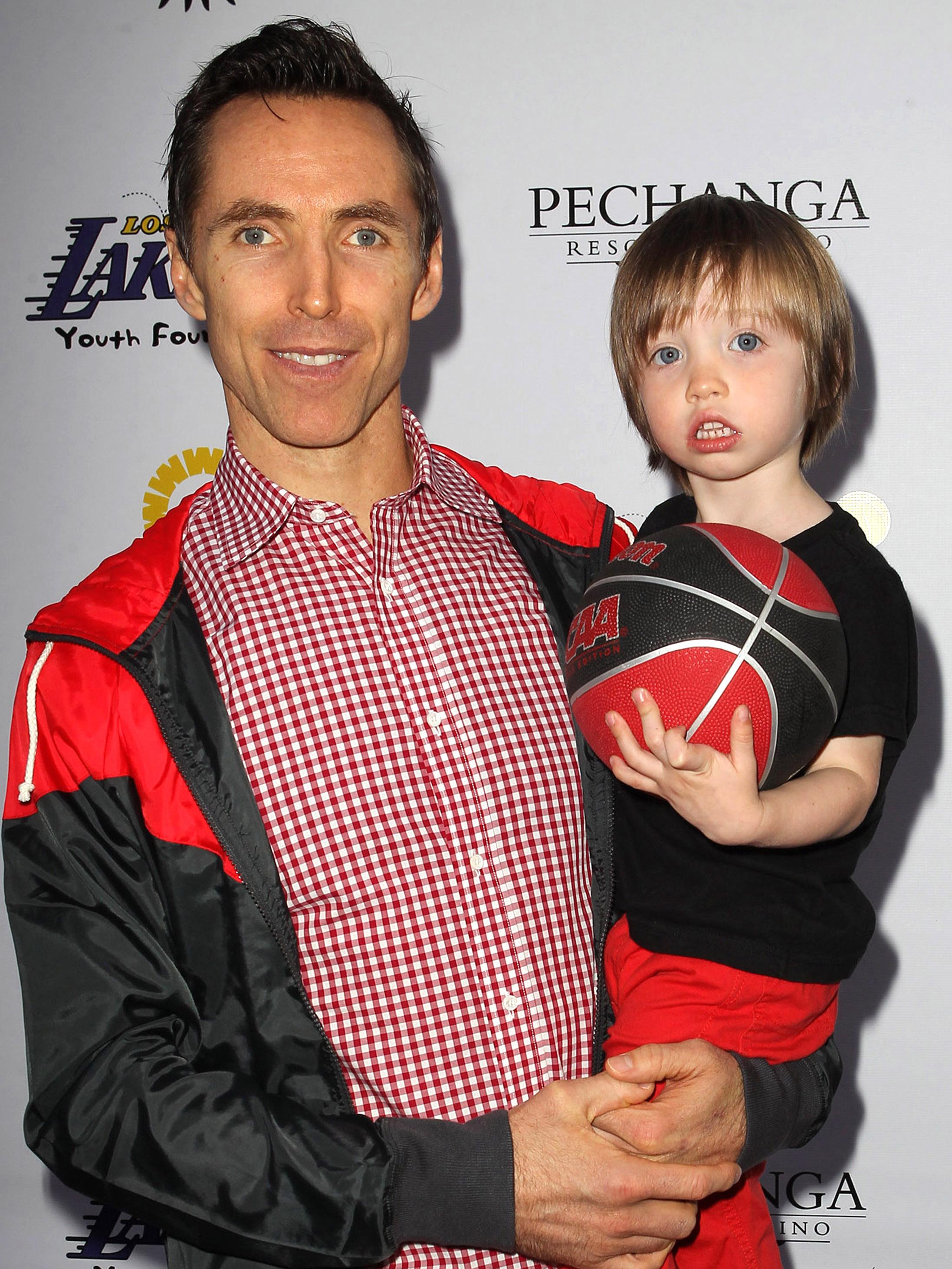 Steve Nash Allegedly Doesn T Want To Pay Child Support To Ex Embrace The Chaos Embrace The Chaos