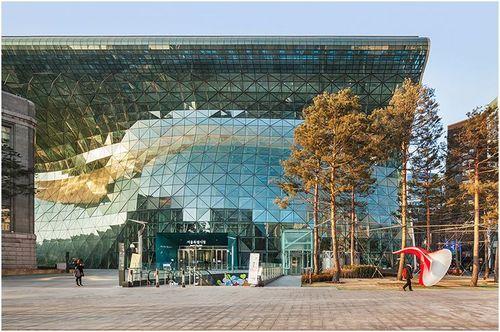 Seoul big ear mayor park yeoboseyo city hall 14